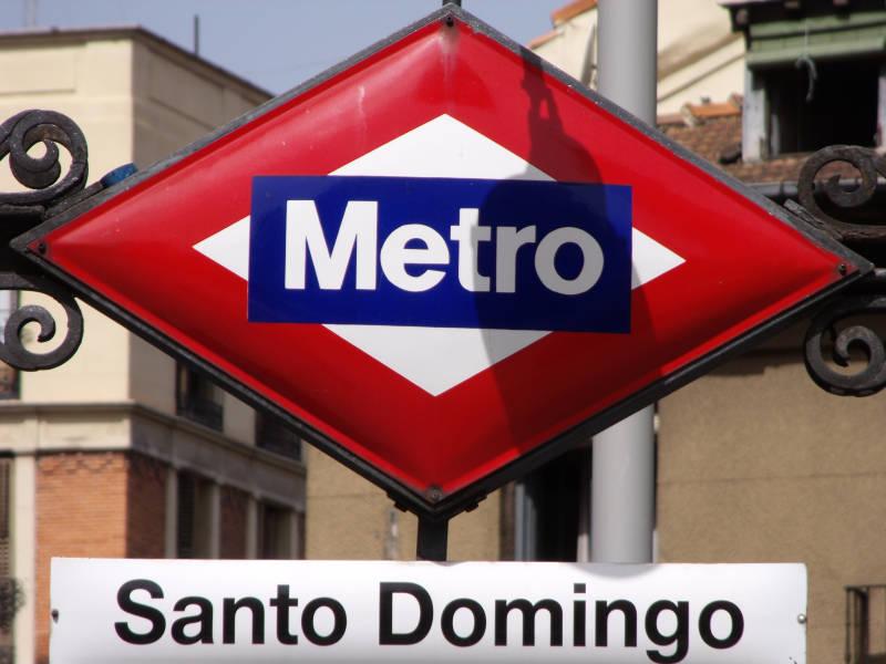 Fotografie citt di madrid Metro santo domingo madrid